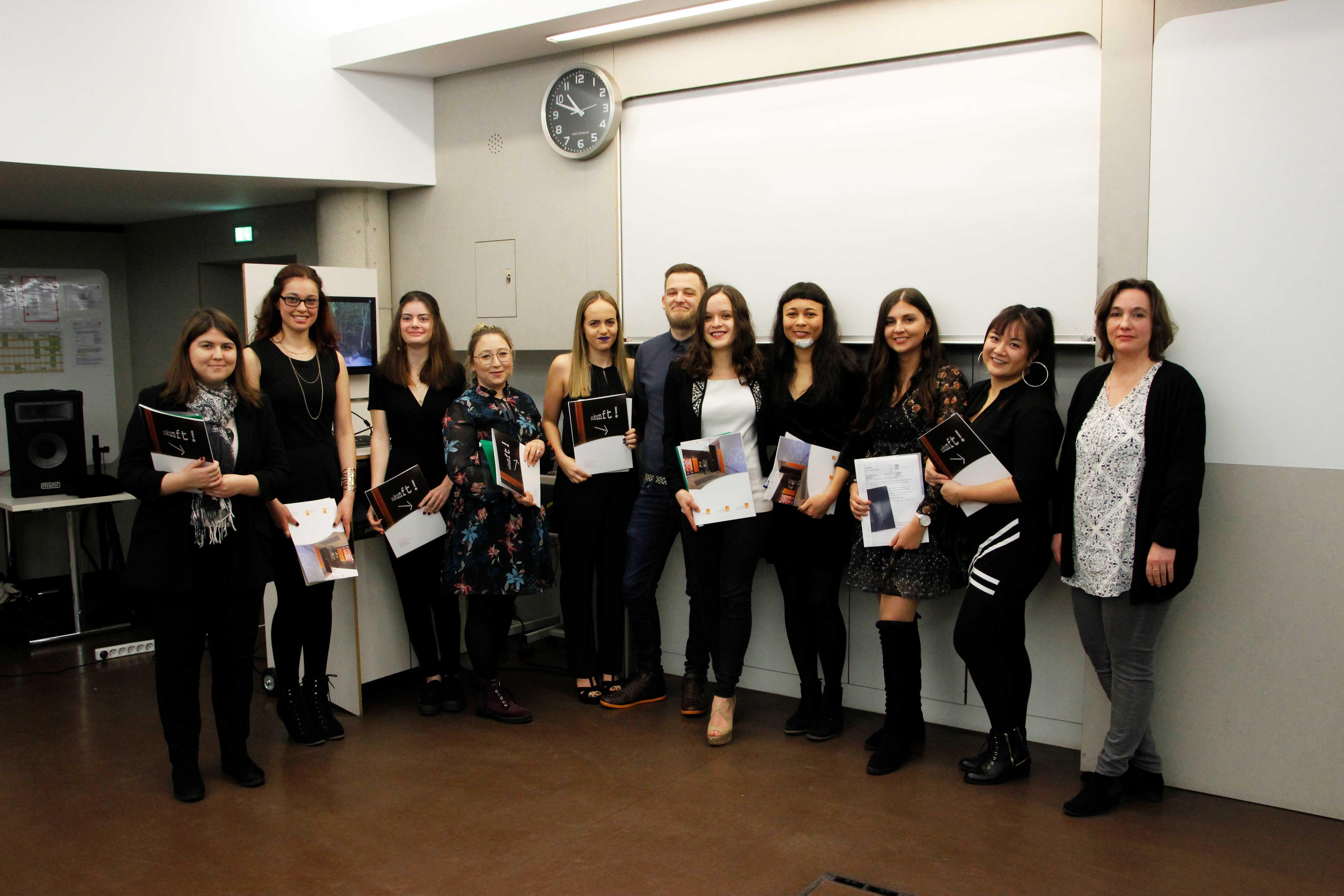 Ausbildung Studium Weiterbildung In Hannover Dr Buhmann Schule