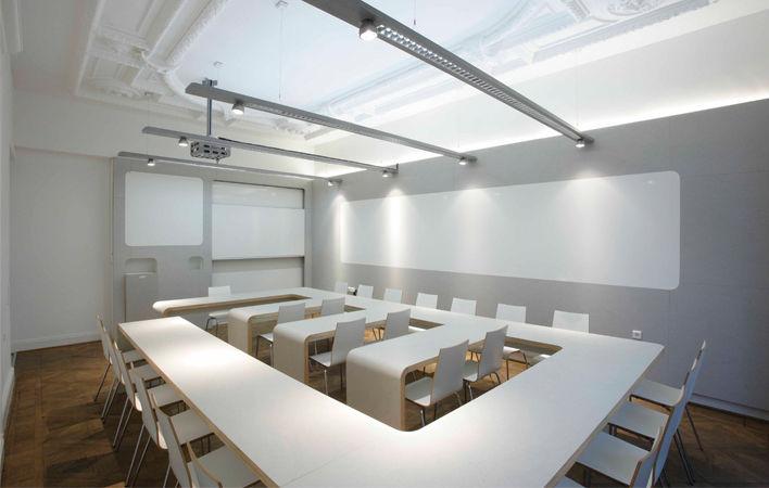 Gruppenarbeitsraum im Akademiehaus der Dr. Buhmann Schule & Akademie in Hannover